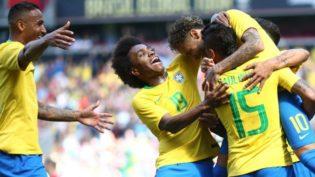 Com golaço de Neymar, Brasil vence Croácia em amistoso