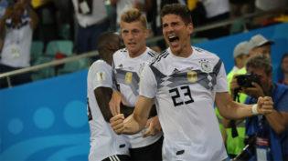Com vitória nos acréscimos, Alemanha evita vexame contra a Suécia