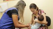 Crianças de 5 a 9 anos poderão ser vacinadas a partir desta segunda (Foto: Marinho Ramos/Semcom)