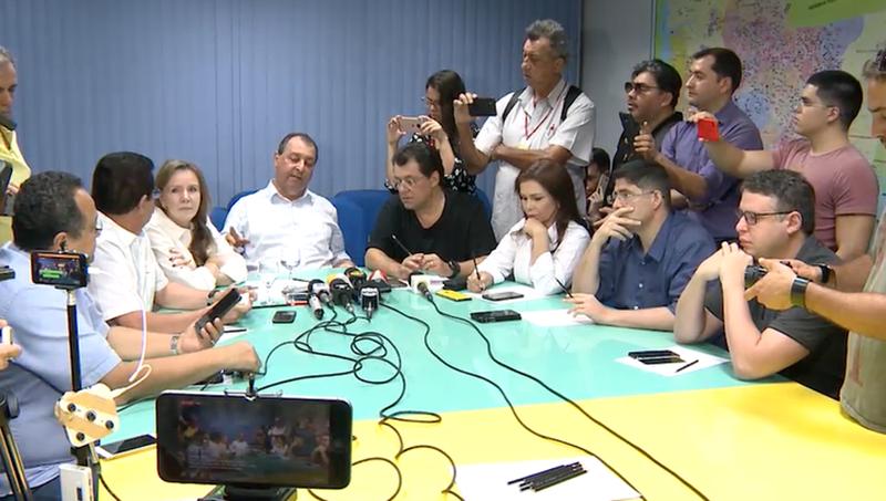 Bancada do Amazonas conversa com Michel Temer por telefone