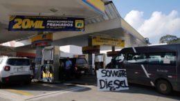 Acordo entre o governo e a Fecombustíveis garantir o repasse do desconto de R$ 0,46 no litro do diesel ao consumidor (Foto: Fernando Frazão/Agência Brasil)