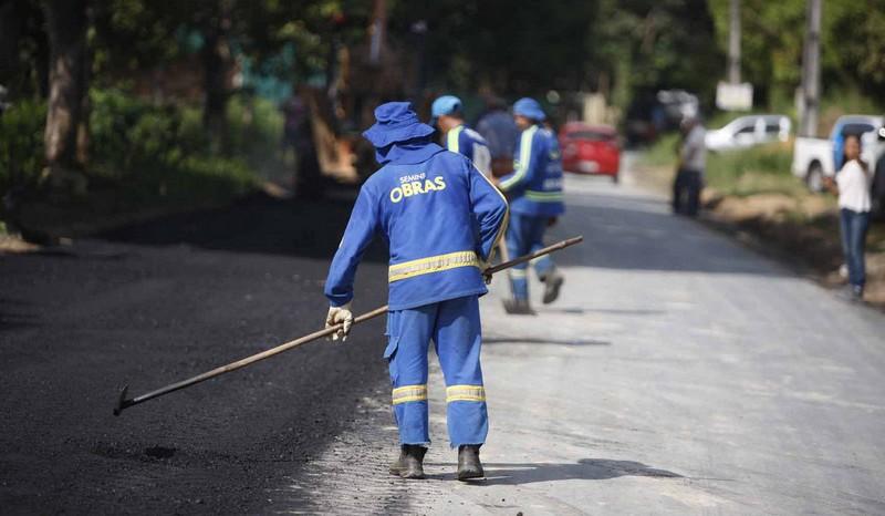 Foram investidos R$ 320 milhões em recapeamentos, tapa-buracos, drenagem e serviços de infraestrutura em todas as zonas de Manaus (Foto: Altemar Alcântara /Semcom)