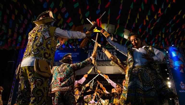 Grupos se apresentaram durante 12 dias no Anfiteatro da Ponta Negra (Foto Ingrid Anne/Manauscult)