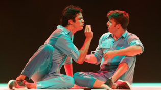 Primeira vez em Manaus, espetáculo 'Selfie' chega ao palco do Teatro Amazonas