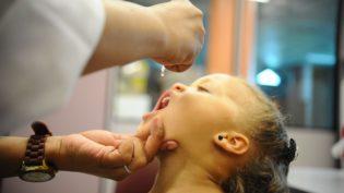 Campanha contra a pólio pretende vacinar 304,9 mil crianças no Amazonas