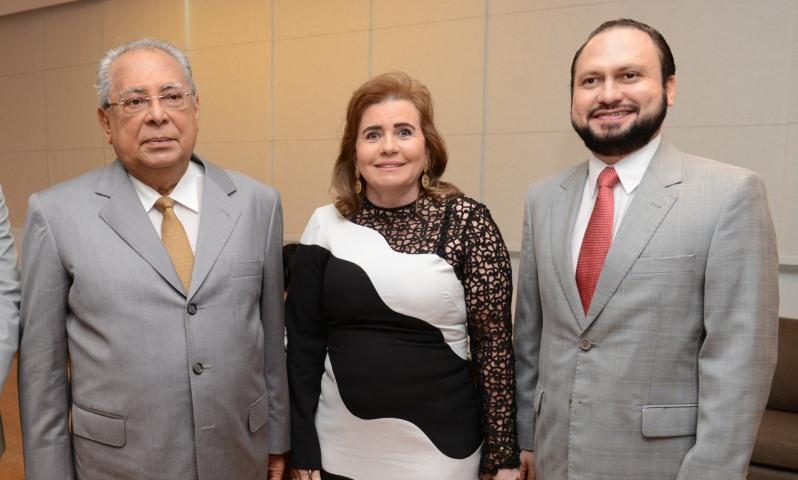 Governador Amazonino Mendes, a presidente do TCE, Yara Lins, e o procurador João Barroso