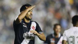 Andrés Rios festeja gol marcado contra o Fluminense, mas clássico terminou empatado (Foto: Rafael Ribeiro/Vasco)