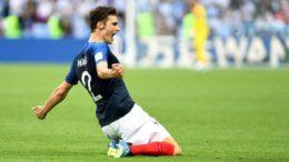 Benjamin Pavard marcou golaço contra a Argentina, escolhido o mais bonito da Copa (Foto: Michael Regan/Fifa)