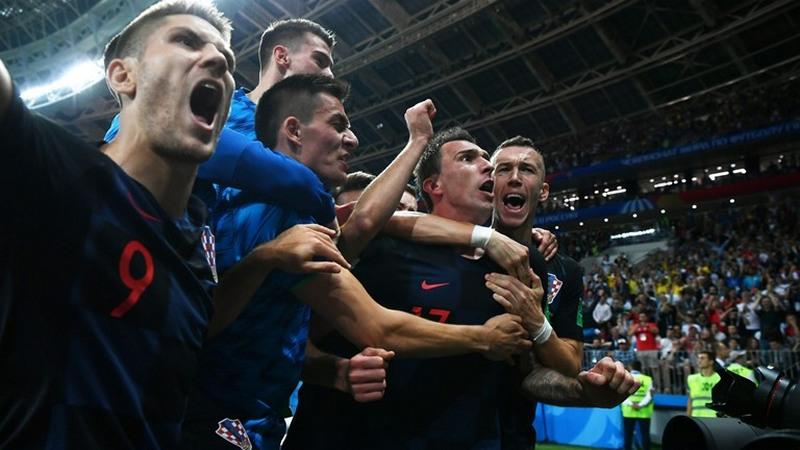 Jogadores da Croácia festejam vaga na final da Copa, obtida com vitória sobre a Inglaterra (Foto: Fifa/Divulgação)