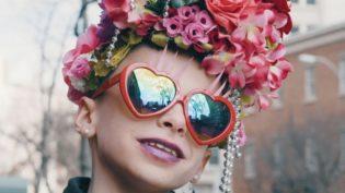 Menino drag queen cria coletivo para encorajar crianças como ele