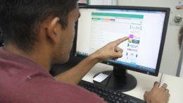Questionário pode ser respondido na internet no site da semed (Foto: Lton Santos/Semed)