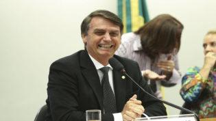 Bolsonaro lidera com 28,2% das intenções de voto, diz pesquisa CNT/MDA