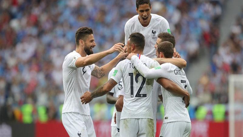 Jogadores franceses comemoraram a classificação à semifinal da Copa (Foto: Fifa/Divulgação)