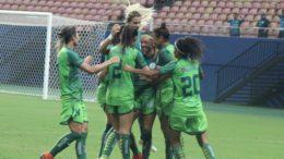 Jogadoras do Iranduba festejaram gol de empate que assegurou a vice-liderança do Brasileirão Feminino (Foto: Iranduba/Divulgação)