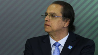 Novo Ministro do Trabalho suspende processo para emissão de registro sindical