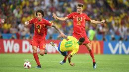 Neymar cai em um dos vários lances em que foi ao chão no jogo contra a Bélgica, que venceu e eliminou o Brasil da Copa (Foto: Fifa/Divulgação)