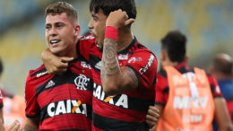 Matheus Savio e Paquetá marcaram os gols da vitória do Flamengo sobre o Botafogo (Foto: Gilvan de Souza/Flamengo)