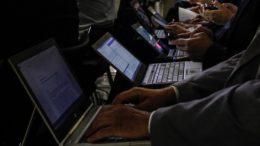 Impulsionamento de ações de candidatos pode ser considerado crime eleitoral (Foto: Guilherme Brito/Presidência da República)
