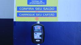 Totens permite conferir saldo e validade de créditos adquiridos no cartão Passafácil (Foto: Sinetram/Divulgação)