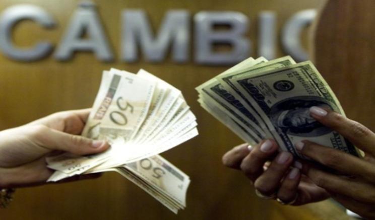 Câmbio no fim deste ano foi de R$ 3,90 para R$ 3,89, ante os R$ 3,80 verificados há um mês (Foto: Fotos Públicas/Divulgação)