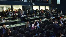 Plenário da ALE: após 20 dias pedido de CPI é apresentado à Mesa Diretora para investigar licitações no governo (Foto: Alberto César Araújo/ALE-AM)