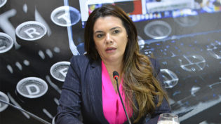 Alessandra Campêlo diz que PT-AM foi ingrato com Vanessa Grazziotin