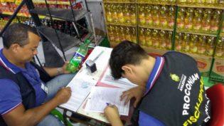 Procon apreende mais de 200 itens impróprios para o consumo em Manaus
