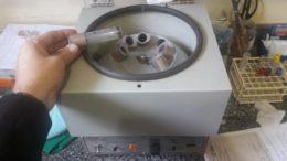 Máquinas de laboratório para exames no hospital estão avariadas (Foto: MP-AM/Divulgação)