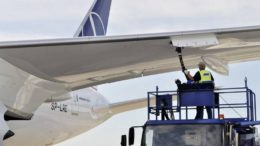 Preço do combustível de aviação é repassado para o custo das passagens aéreas (Foto: iStock/Divulgação)