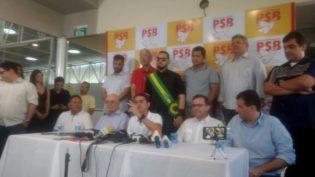 Com seis partidos, David Almeida promete enfrentar 'máquinas públicas' na eleição