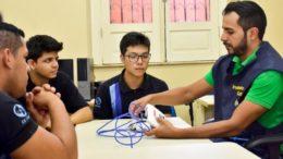 Instrutores vão auxiliar em cursos técnicos do Cetam na capital e interior (Foto: Cetam/Divulgação)