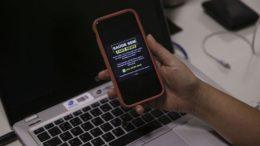 Aplicativo no WhatsApp ajudará a identificar notícia falsa sobre saúde pública (Foto: Valter Campanato/ABr)