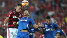Flamengo foi dominado pelo Cruzeiro e perdeu no Maracanã. Agora, tem que vencer em Belo Horizonte (Foto: Gilvan de Souza/Flamengo)