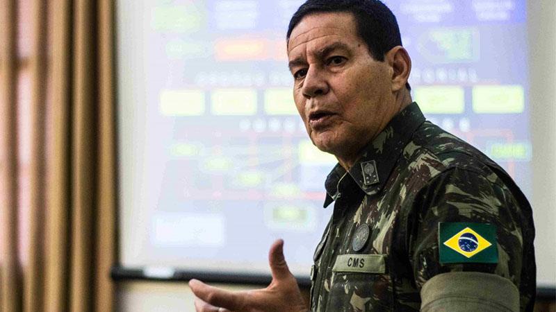 Hamilton Mourão foi anunciado como vice de Bolsonaro na disputa para presidente da República (Foto: Reprodução/Facebook)