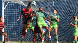Jogo foi equilibrado no Recife e tanto Sport quanto o Iranduba não conseguiram balançar as redes (Foto: Anderson Freire/Sport Club do Recife)