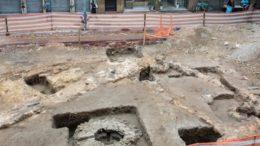 Ruínas de antiga loja de escravos no Centro do Rio foram descobertas por escavações para obra do VLT (Foto: Oscar Liberal/Iphan)