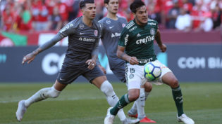 Confronto entre Internacional e Palmeiras fica no 0 a 0