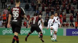 Picachu não conseguiu apresentar bom futebol contra o Atlético-PR nessa quarta-feira (Foto: Carlos Gregório Júnior/Vasco.com.br)