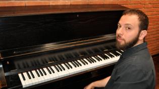 Pianista e compositor Murilo Mazzotta apresenta-se no Palácio Rio Negro