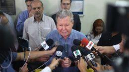Prefeito Arthur Neto anunciou que decretará estado de emergência em Manaus por insegurança nos serviços públicos municipais (Foto: Lucas Silva/Secom)