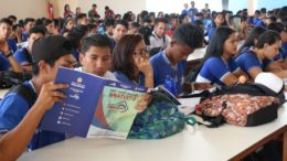 Aula gratuita é destinada a estudantes, mas também aberta ao público em geral (Foto: Seduc-AM)