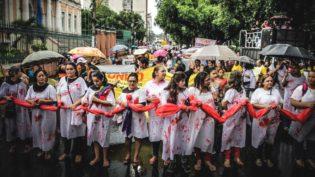 Mulheres se mobilizam contra Bolsonaro e programam protesto em Manaus