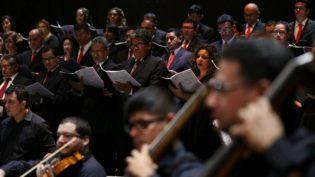 Em show gratuito, Orquestra e Coral do Amazonas homenageiam Santa Cecília