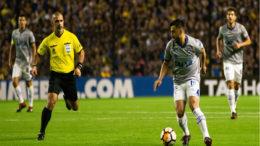 Árbitro Eber Aquino gerou polêmica com arbitragem que prejudicou o Cruzeiro (Foto: Bruno Haddad/Cruzeiro)
