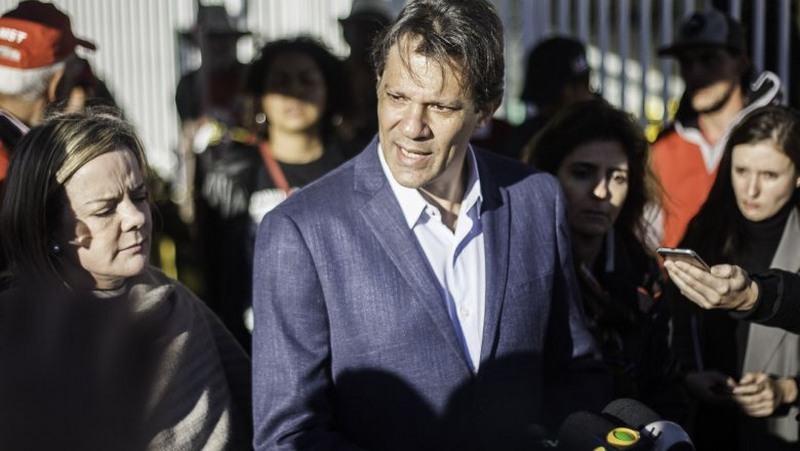 Fernando Haddad com Gleisi Hoffmann PT sofre quarta derrota na Justiça eleitoral ao insistir com Lula (Foto: Joka Madruga/Agência PT)
