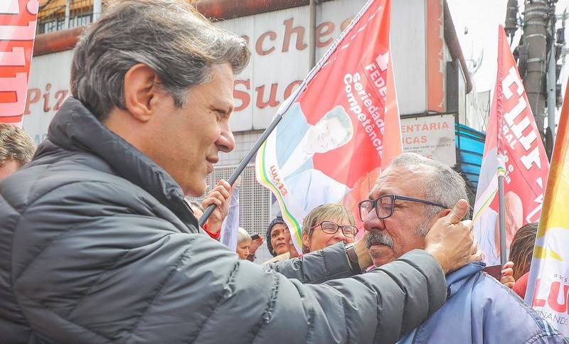 Fernando Haddad, que encabeça chapa do PT para presidente, mantém apenas slogan de campanha (Foto: Ricardo Stuckert/PT/Divulgação)