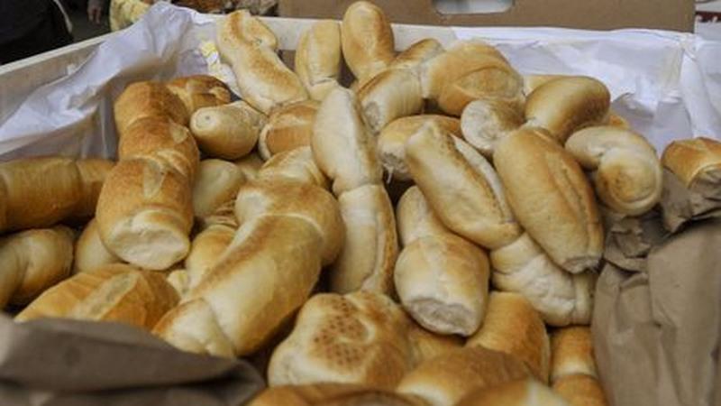 Preço do pão subiu 40 vezes mais que a inflação em apenas dois meses no Brasil, informam os panificadores (Foto: Marcelo Casal/ABr)