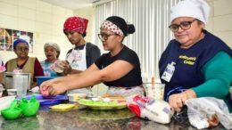 As atividades acontecerão nos Centros de Convivência, Centro Cultural Thiago de Mello e Escola de Educação Profissional (Foto: Divulgação)
