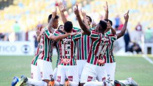 Fluminense vence o Botafogo no Maracanã e respira no Brasileirão