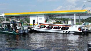 ANP fiscaliza postos revendedores flutuantes no Amazonas
